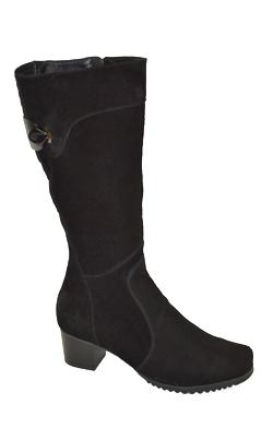 кожаные сапоги под колено